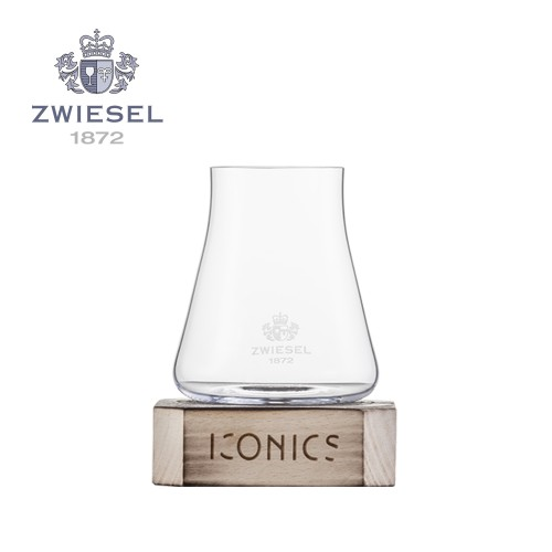 Zwiesel 1872 Iconics Wine Tumbler with wooden base